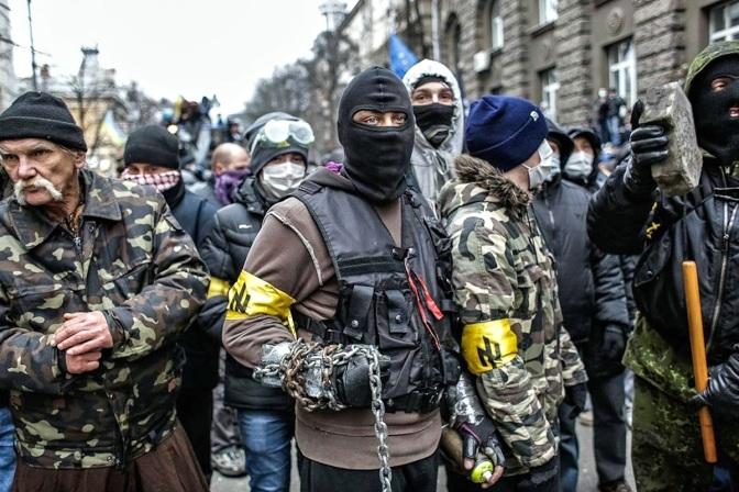На Украине начались грабежи пассажирских поездов
