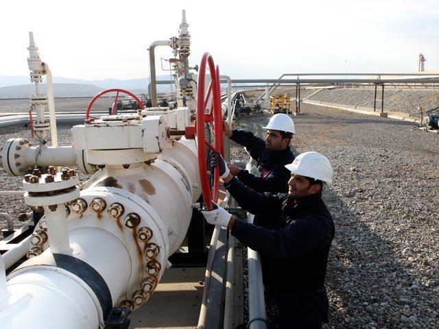 Иран ввел эмбарго на продажу нефти в ЕС
