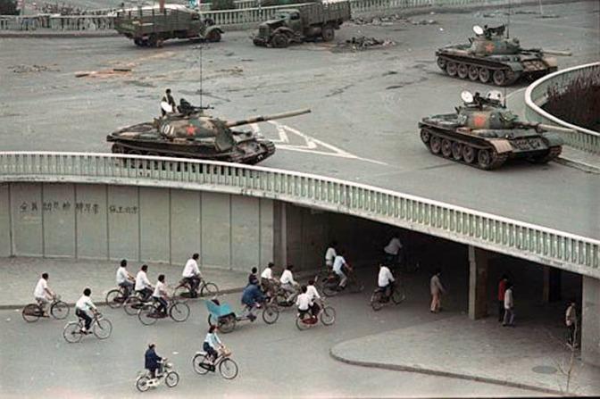 Китайский майдан-89 и его могильщик Дэн #Украина #Евромайдан #Россия #Беларусь