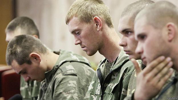 Задержанные на Украине десантники вернулись в Россию #Новороссия #Украина