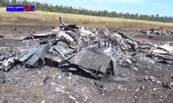 Над Луганском сбиты 2 самолета: Су-25 и МиГ-29. Видео #Украина #Новороссия #Луганск