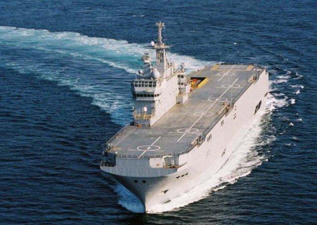 """Вертолетоносец """"Мистраль"""" с моряками из РФ вышел в море для испытаний. Фото. Видео #Мистраль #Украина #Санкции"""